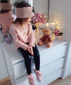 Pin by Jasmin Schultz on baby Cute Little Girls Outfits, Kids Outfits Girls, Little Girl Fashion, Toddler Girl Outfits, Baby Girl Fashion, Toddler Fashion, Kids Fashion, Outfits Niños, Toddler Girl Style