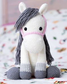 We continue to share beautiful amigurumi crochet toys patterns. The most beautiful amigurumi knitting toy mode Crochet Amigurumi Free Patterns, Crochet Dolls, Crochet Baby, Free Crochet, Knit Crochet, Animal Sewing Patterns, Stuffed Animal Patterns, Knitting Patterns, Crochet Horse