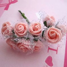 HOT!! Plastic Rosebud Artificial Mini Rose White Snow Mesh Decorative Pink Wedding Rose Christmas Party Flowers Free Shipping-in Decorative Flowers & Wreaths from Home & Garden on Aliexpress.com