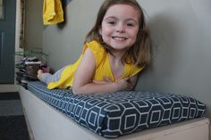 diy bench cushion {no sewing required!}