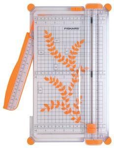 Roll snijmachine SureCut, A4• voor privégebruik• Snijcapaciteit: 5 vel • met cut lijnen: toont zeer zorgvuldig, waar wordt gesneden • meter en douane-indeling voor het gemak van de toepassing...