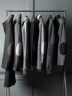♂ Masculine & elegance Men's fashion wear grey Elbow Patches. Back to Elbow Pads - Hackett Designer Menswear