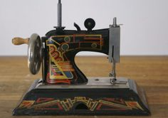 Art Deco Casige Child's Sewing Machine