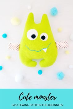 This cute monster is an EASY Sewing Toys, Baby Sewing, Easy Sewing Projects, Projects For Kids, Haloween Craft, Sewing Headbands, Cute Monsters, Sewing For Kids, Big Eyes