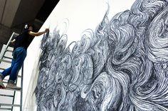 Gorgeous, gigantic inked mural. ゴージャスで巨大インク壁画。Design Festa