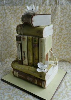 Wedding cake for book lovers