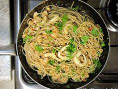 Espaguete integral com camarão e lula