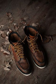 Very few of our personal effects tell a story any more...change that w/ a pair of Red Wing 875's.