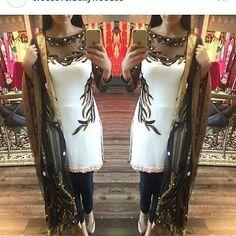 Pakistani Casual Wear, Pakistani Dresses, Indian Dresses, Eid Dresses, Anarkali Dress, Designer Punjabi Suits, Indian Designer Wear, Indian Designers, Indian Party Wear