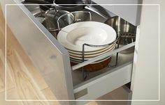 S'intégrant idéalement dans un casserolier, ce range-assiettes extensible Bambou se montrera très pratique au quotidien dans votre cuisine !