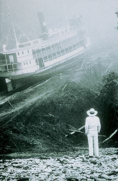 Klaus Kinski in Fitzcarraldo (Werner Herzog, 1982). Mick Jagger was originally set to play the main character, but he quit because he said that Werner Herzog was so crazy!