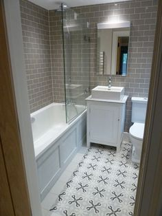 50 Cozy Bathroom Design Ideas for Small Space in Your Home Bathroom Design Small, Bathroom Layout, Bathroom Interior Design, Bath Design, Tile Layout, Bathroom Designs, Tile Design, Interior Decorating, Decorating Ideas