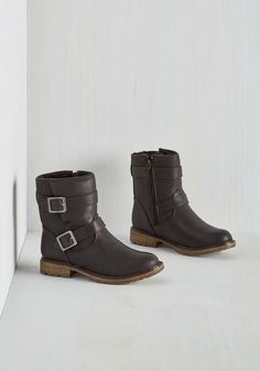 Fearless Footing Boot in Black. Zip your tootsies into these double-buckle boots, and courageousness will come second nature! #black #modcloth