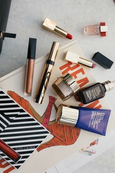 Today, in partnership with Macy's, Estée Lauder and Shopstyle, I am excited to share what could be the best beauty deal of the season. Twenty nine beauty essentials, for the price of one! It's a blockbuster of a set – and something that Estée Lauder does every year as a ...