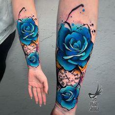 ❌❌❌ uploaded by Mone🐾💄🧜♀️ ~ Tattoo Ideen & Vorlagen Badass Tattoos, Sexy Tattoos, Body Art Tattoos, Hand Tattoos, Awesome Tattoos, Wrist Coverup Tattoos, Ocean Sleeve Tattoos, Ribbon Tattoos, Colorful Rose Tattoos