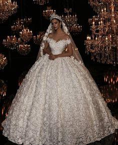 Wedding dress: princess style wedding dresses – Rebel Without Applause Princess Style Wedding Dresses, Dream Wedding Dresses, Wedding Gowns, Princess Dresses, Queen Wedding Dress, Ball Gown Dresses, Bridal Dresses, Gorgeous Wedding Dress, Beautiful Dresses