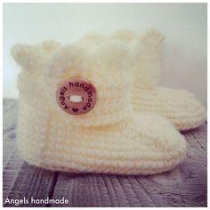 Gehaakte baby schoentjes gratis haakpatroon. Crochet baby booties free pattern