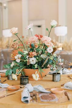 Terracotta pot centerpiece with earthy, organic blooms. Photo: @jessicagoldphoto Arch Flowers, Hanging Flowers, Floral Backdrop, Floral Arch, Reception Decorations, Wedding Centerpieces, Wedding Decor, Floral Wedding, Wedding Flowers