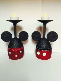 New House Party Decorations Diy Wine Glass 62 Ideas Mickey Mouse Crafts, Minnie Y Mickey Mouse, Theme Mickey, Mickey Mouse Christmas, Mickey Mouse Birthday, Mickey Mouse Wedding, Mickey Mouse Ornaments, Disney Ornaments, Disney Diy
