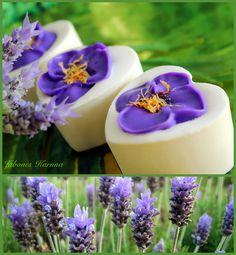 JABON DE ARCILLA BLANCA (Caolín) y Lavanda WHITE CLAY SOAP (Kaolín) and Lavender