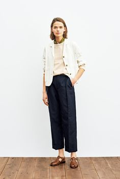 LOOKBOOK WOMEN SPRING 2020 | MARGARET HOWELL Margaret Howell, Fashion Show, Style Inspiration, Stylish, Spring, Pants, How To Wear, Fall, Board