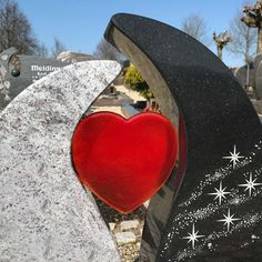 Tombstone Designs, Memorial Markers, Steinmetz, Grave Decorations, Stone Countertops, Cemetery, Headstone Ideas, Art Nouveau, Head Stone
