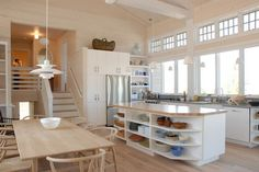 Bright and airy kitchen!