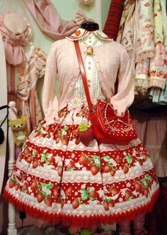 Strawberry Sweet Lolita outfit/coordinate
