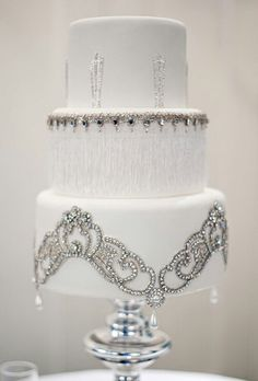 This cake is gorgeous! I love the crystal jewels and the design.