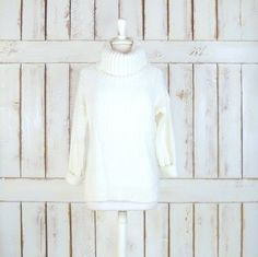 20% off fall sale  Vintage ivory/off white by GreenCanyonTradingCo