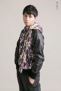 男孩設計 - 狼煙信號 - 彩色煙霧印花連帽運動外套 - NANHI 男孩 | Pinkoi