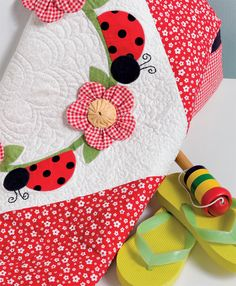 Ladybug Quilt Pattern | Simple quilts for children – and the cedar chest (+ giveaway!)