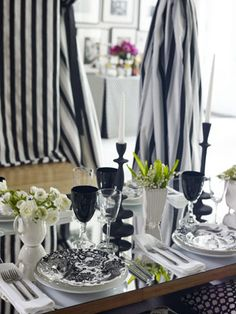 There is nothing more chic than a black and white table, and Black Aves by Royal Crown Derby is a dramatic version of chinoiserie.