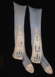 Stockings, 1962-55-15-a,b, early 19th century | Objects | Collection of Smithsonian Cooper-Hewitt, National Design Museum