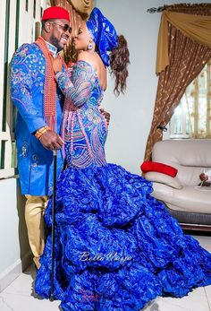 today we are presenting you with these beautiful and classic Traditional Wedding Dress that will make you look more elegant on your Traditional wedding African Dresses For Women, African Attire, African Wear, African Women, African Lace, African Style, African Fashion Designers, African Men Fashion, African Fashion Dresses