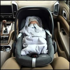 Why would you put the baby in the front seat! Cute Baby Boy, Cute Little Baby, Baby Kind, Little Babies, Cute Kids, Cute Babies, Cute Baby Videos, Cute Baby Pictures, Whatsapp Logo