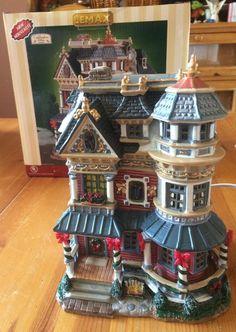 Lemax  Caddington Village Taylor Residence Lighted Christmas Victorian House