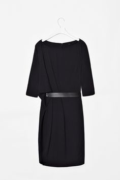 COS Dress | Minimal + Chic | @CO DE + / F_ORM
