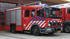 Regionieuws -De burgemeester van Enkhuizen, Jan Baas, heeft een brandweerman ontslagen om een seksueel getinte grap. De man zou met een paar collega's naar de slaapkamer van een andere colleg...