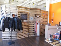 Who else wants to know about Pallet room divider?   Pallet Furniture Plans