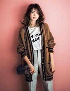 Korean Street Fashion, Korea Fashion, Japan Fashion, Fashion 2020, Girl Fashion, Fashion Outfits, Fashion Tips, India Fashion, University Outfit
