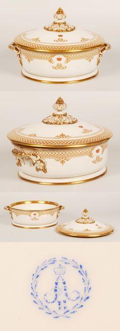 Tsar Alexander III Porcelain Covered Bowl / John Atzbach