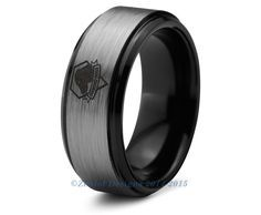 Metal Gear Solid Ring Video Game Diamond Dogs Tungsten Wedding Band Ring Men Womens Beveled Edge Brushed Black Anniversary Engagement Sizes