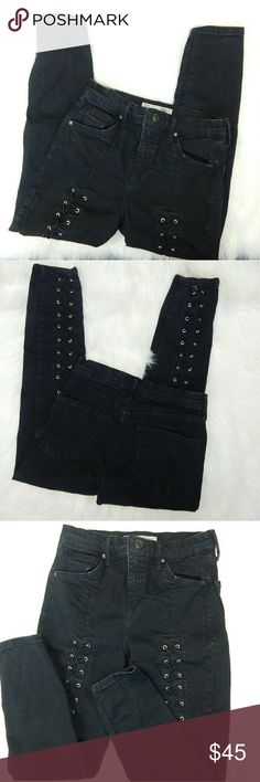 """Topshop Moto Front Lace Jamie Jeans Petite Super cute! Jamie Petite  - Lace up - Skinny - Fading throughout  Color: Dark faded gray/black  Length - 32"""" Inseam - 22"""" Waist - 12' flat across 10""""front rise   ** Runs Small  93% Cotton // 5% Polyester // 2% Elastane Topshop Jeans Skinny"""
