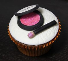 MAC Cosmetics cupcake beauty