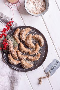 Gesunde Vanillekipferl - vegan, glutenfrei, rein pflanzlich, ohne raffinierten Zucker - de.heavenlynnhealthy.com