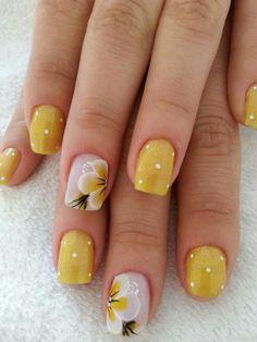 60 must trу nаіl dеѕіgnѕ fоr shоrt nails 2019 14 Yellow Nails Design, Yellow Nail Art, Green Nails, New Nail Designs, Beautiful Nail Designs, Cute Nails, My Nails, Ongles Forts, Sunflower Nails