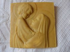 Rare and original antique French wax sculpture carving representing the Madonna and child Jesus Early 1900s The wax carving is all hand made and represents Holy virgin Mary with child Jesus Both have a halo Made by nuns with wax from church candles There is a ring on the back