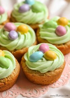 """Easter Basket Cookie Cups: Blogger Kristyn said it best, """"If you love peanut butter cookies  and delicious frosting and M&M's, then you'll agree that these little beauties are the BEST!"""" Click through to discover more easy Easter dessert ideas to make this spring."""