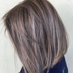 Love this style! Get more inspiration and share your own new look now! Avoir plus Inspiration et partage ton nouveau look maintenant! Grey Hair Dye, Grey White Hair, Long Gray Hair, Dyed Hair, Lilac Hair, Pastel Hair, Green Hair, Blue Hair, Amber Hair